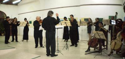20120128234032-blog-evelio-orquesta-larios.jpg