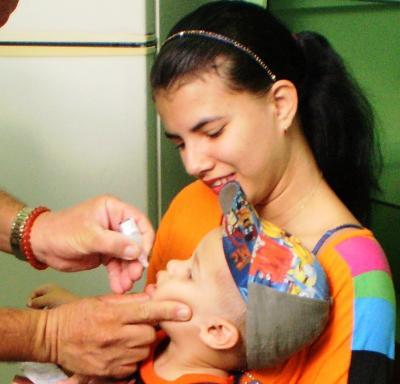 20170224213904-en-camaguey-56-campana-de-vacunacion-antipolio.jpg